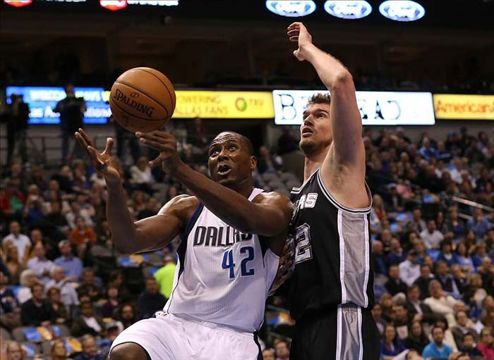 Dallas Mavericks Forward Elton Brand