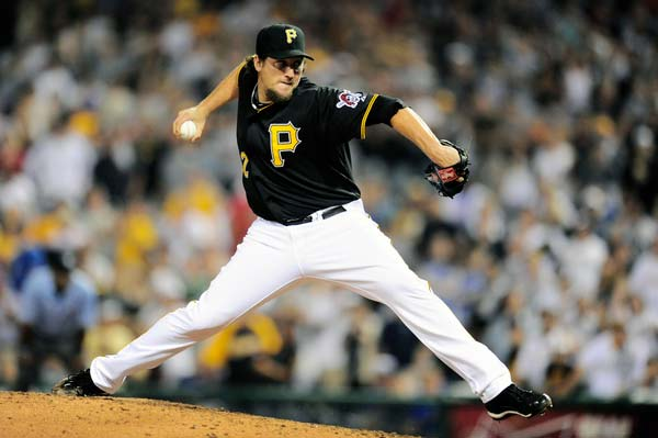 Pittsburgh Pirates relief pitcher Joel Hanrahan