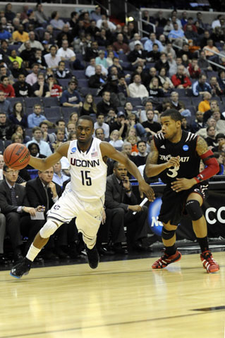 Connecticut Huskies guard Kemba Walker