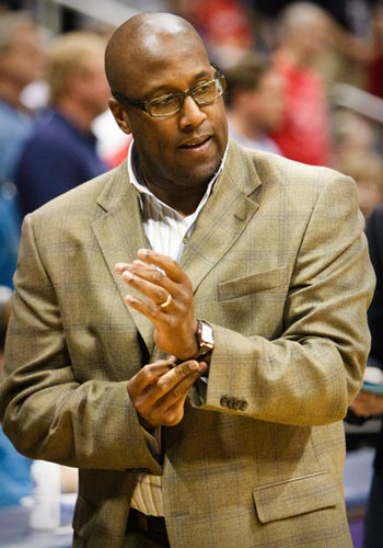 Mike Brown Good Hire for LA Lakers