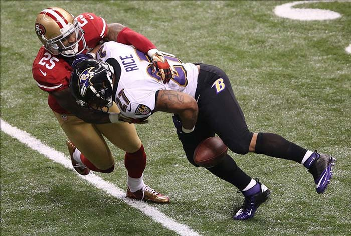 Ravens running back Ray Rice fumbles against 49ers cornerback Tarell Brown