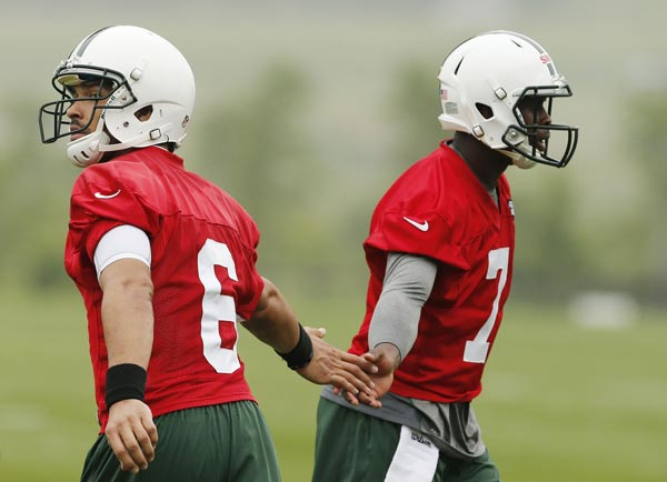 Breaking Down the New York Jets' Quarterback Mess