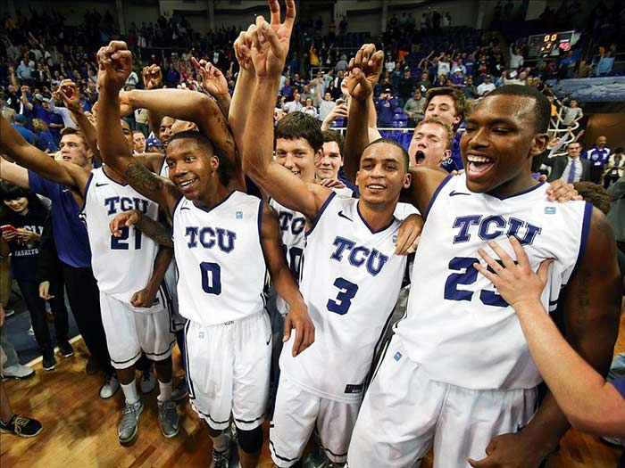 TCU Horned Frogs React
